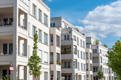 Mietpreisüberhöhung bei einer zum Teil allein und zum Teil mitgenutzten Wohnung